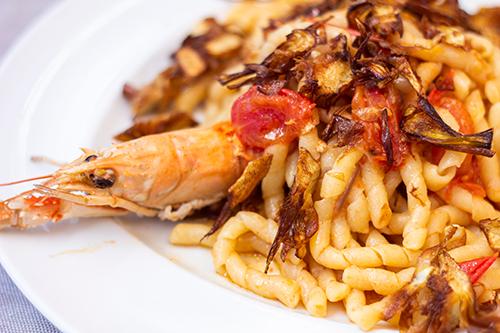 Busiate gamberi e carciofi - ristorante san vito lo capo - Hotel Trinacria